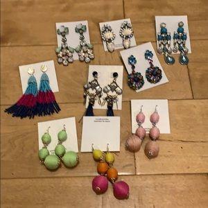 Jewelry - Bundle of earrings